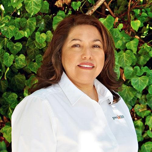 Rebecca Jurado • Online Concierge
